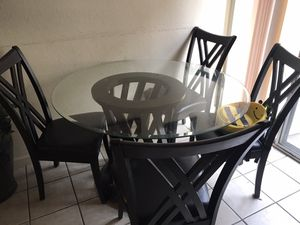 Kitchen table w/ 4 chairs $59 for Sale in San Diego, CA