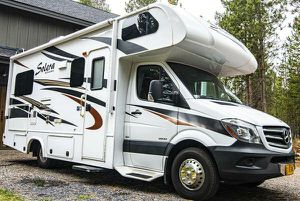 2014 Forest River Solera M-24S Mercedes turbo diesel 24' Class C Self Contained Sleeps 6 Only 19,665 miles! for Sale in Vancouver, WA