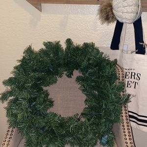 """20"""" Christmas Wreath With White Lights for Sale in Rancho Cucamonga, CA"""