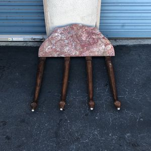 Beautiful antique marble table very good condition for Sale in Lynwood, CA