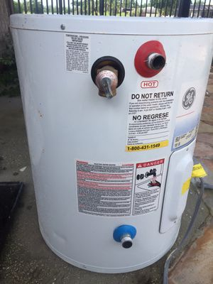 20 Gallon Water Heater by GE for Sale in Lake Worth, FL