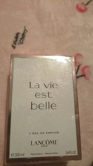 Lancome perfume $45$ NEW for Sale in Perris, CA