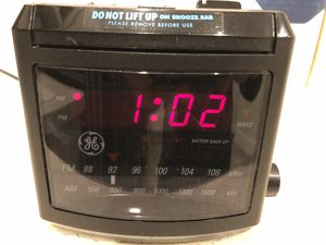 GE FM/AM Alarm Clock for Sale in Bothell, WA