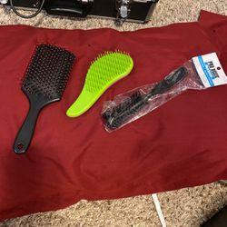 Hair Brushes for Sale in Beaverton,  OR