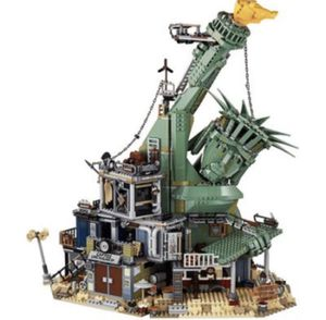 Lego apocalypseburg set for Sale in Raleigh, NC