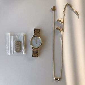 Rose filed Watch w/ free gift for Sale in Miami, FL