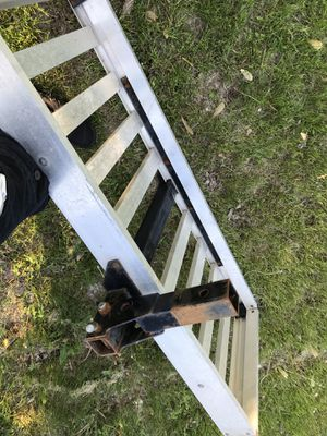 Cargo carrier 500lb. Aluminum frame for Sale in Princeton, MN