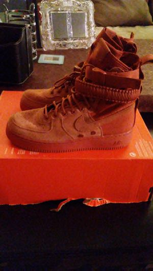 Nike SF Air Force 1 Peach size 8, 9.5, 10, 10.5 and 12 for Sale in San Leandro, CA