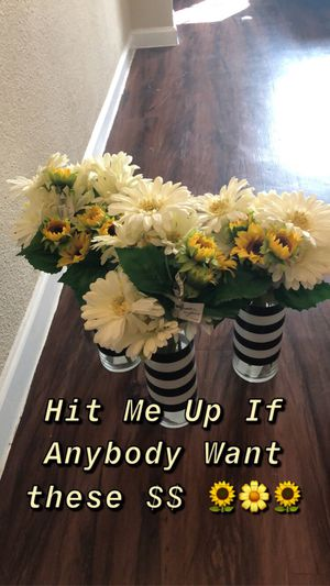 Vase with sun flowers for Sale in Dallas, TX