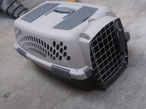 Dog kennel for Sale in Fontana, CA