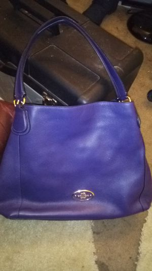 Coach bag for Sale in Weldon Spring, MO