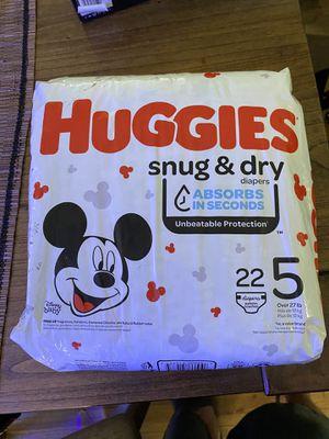 Huggies diapers sz 5 for Sale in Long Beach, CA