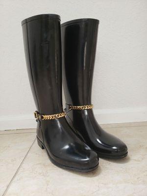 Burberry Rain Boot : AUTHENTIC for Sale in Miami, FL