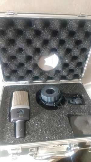 Skg c214 x2 microphones for Sale in Hamburg, PA