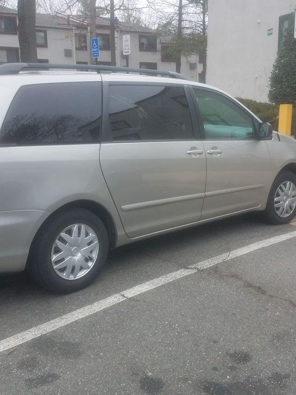 Toyota sienna 2006 ,4500$