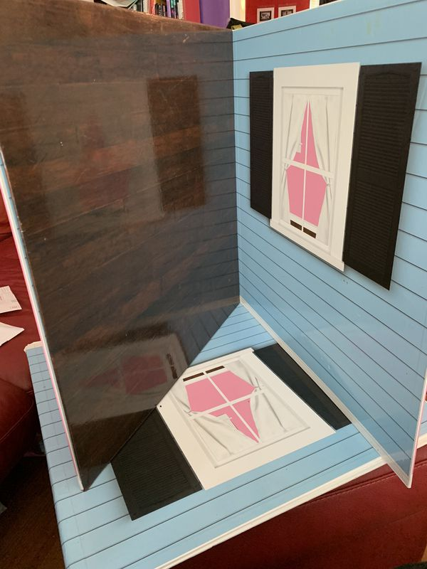 Foldable doll rooms, furniture and carrying case
