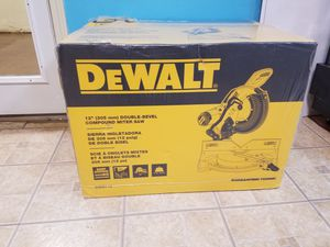 Dewalt 12in double bevel compound miter saw new for Sale in Johns Creek, GA