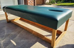Massage Table Bench 72 x 30 Very Good Condition for Sale in Downey, CA