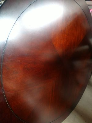 Round table and chairs for Sale in Eagleville, PA