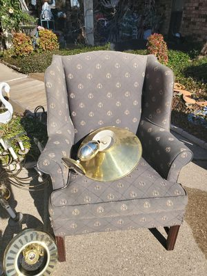Antique chair for Sale in Garland, TX
