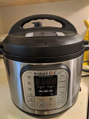 Instant Pot Duo 7 in 1 for Sale in San Antonio, TX