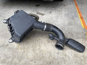 Factory OEM PART Chevy Camaro air intake for Sale in Wood Village, OR