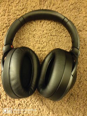Sony wh1000xm2 wireless headphones ANC trade for Sale in San Marcos, CA