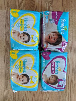 Size 4 pampers for Sale in Newport News, VA