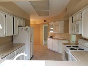 WHITE KITCHEN CABINETS for Sale in Phoenix, AZ