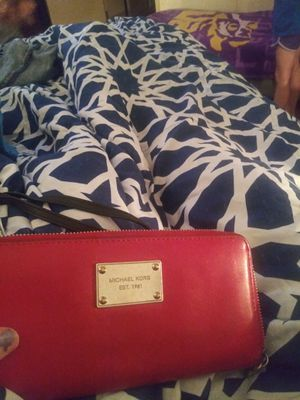 Michael Kors wallet & North face jacket for Sale in Vidor, TX
