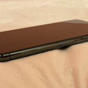 iPhone 11 Pro Max for Sale in St. Louis, MO