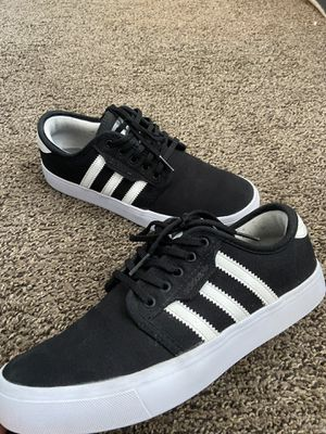 Adidas Men's Size 6 Women's Size 8 for Sale in Hemet, CA