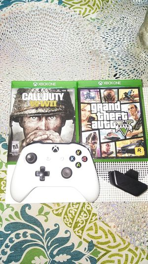 Xbox one with two games and with headphones plug gaming controls with power cables and HDMI cable for Sale in Miami, FL