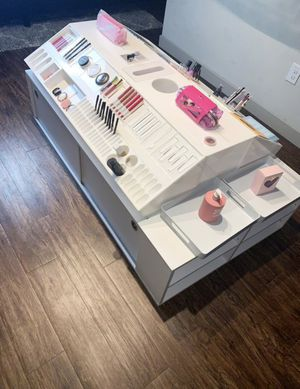 Makeup stand display / organizer with storage for Sale in North Richland Hills, TX