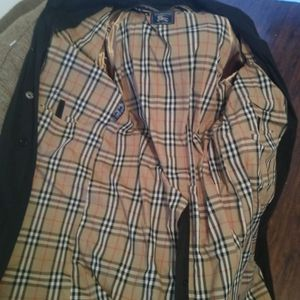 Authentic Burberry Trench Coat 4x U.s Size Mint Condition Only Wore 2 Times for Sale in Long Beach, CA