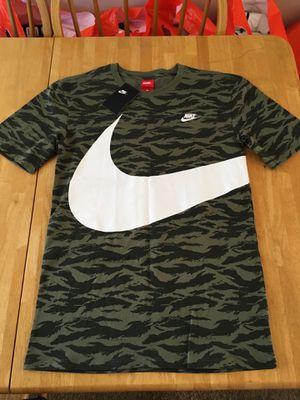 Brand new Nike sportswear men's fashion shirt camo small S for Sale in La Mesa, CA