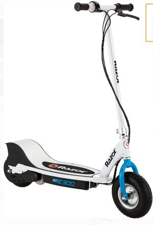 Used Razor E300 electric scooter (Blue) for Sale in Aiea, HI