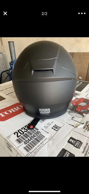 Bilt medium motorcycle helmet paid $140 for it used once for Sale in Lakewood, CA
