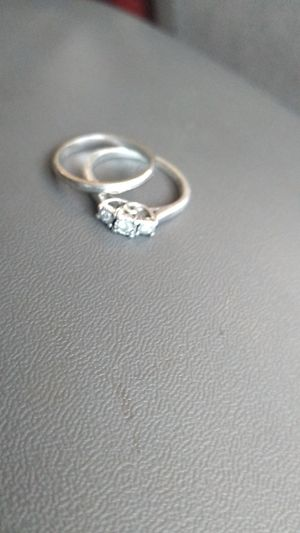 wedding ring set size 7 for Sale in Greenville, SC