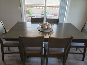 Counter Height Kitchen Dining Table for Sale in Covington, WA