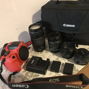 Best Offer!!! Red Edition Canon T6 Bundle Deal for Sale in Cleveland, OH
