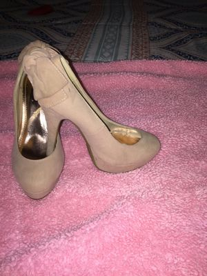 Nude heels size 5.5 for Sale in Jurupa Valley, CA