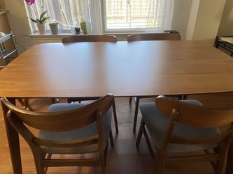 Brown Dining Table for Sale in Austin,  TX