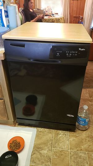 Whirlpool dishwasher portable for Sale in Fredericksburg, PA