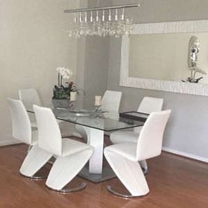 Almost New Dining Table Moving for Sale in Sterling, VA