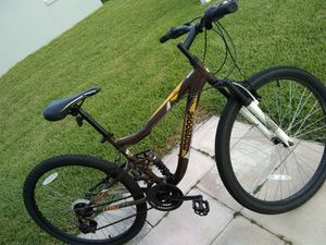"""Mountain bike 27.5"""" for Sale in Winter Garden, FL"""