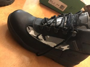 TIMBERLAND BOOT SIZE 5 for Sale in Lithonia, GA