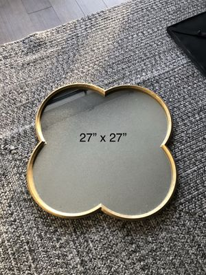 Cute Gold Framed wall mirror for Sale in Chicago, IL