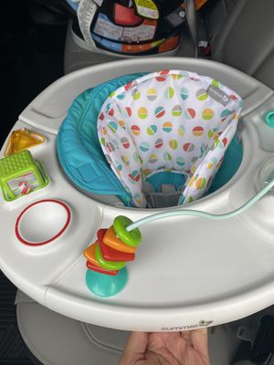 4 in 1 Baby Booster seat for Sale in Franklin Park, IL