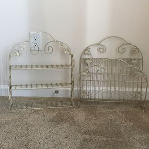 Bathroom rack and magazine set for Sale in Mauldin, SC